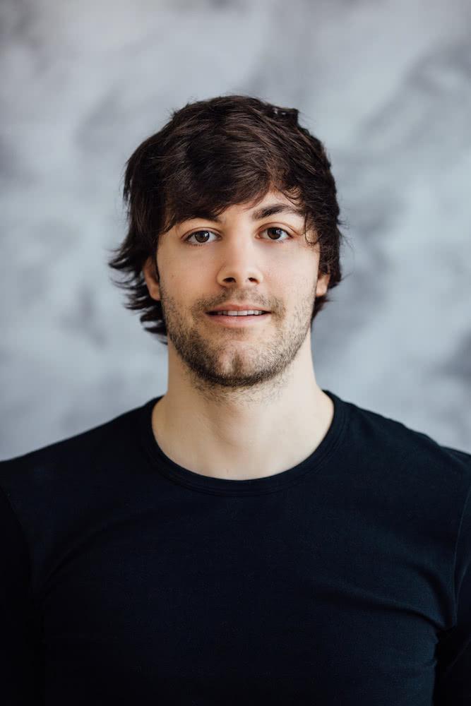 Julian Stadelmann: Gelernter Physiotherapeut aus Pforzheim